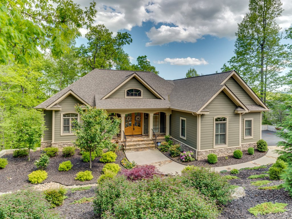 Image 1 for 207 Bent Pine Trace in Hendersonville, North Carolina 28739 - MLS# 3272108