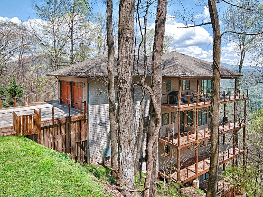 24 Cary Lane in Asheville, North Carolina 28804 - MLS# 3274621