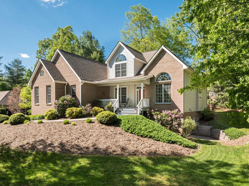 102 Arrowood Lane in Hendersonville, North Carolina 28791 - MLS# 3279998