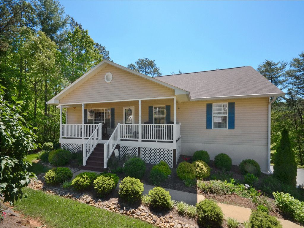 50 Red Maple Drive in Weaverville, North Carolina 28787 - MLS# 3280407