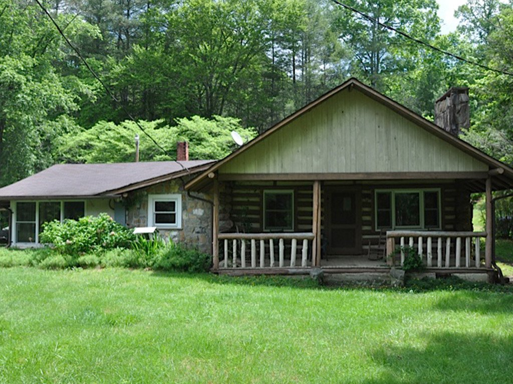 Image 1 for 610 Dave Whitaker Road in Horse Shoe, North Carolina 28742 - MLS# 3283996