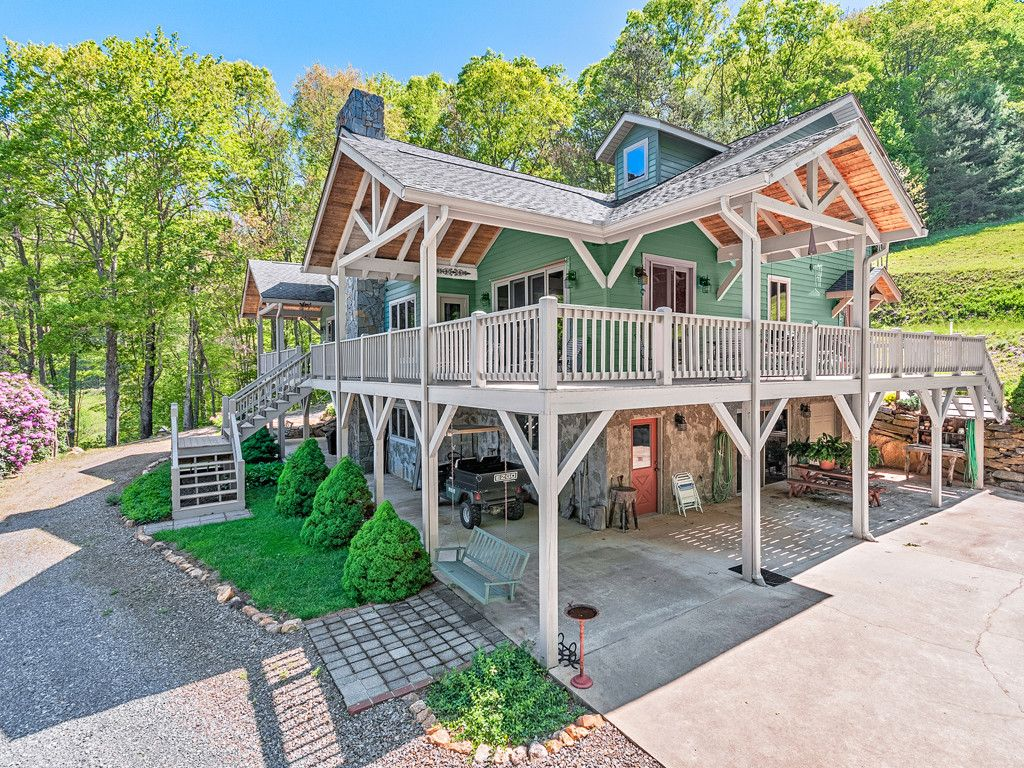360 Winding Branch Trail in Clyde, North Carolina 28721 - MLS# 3284342