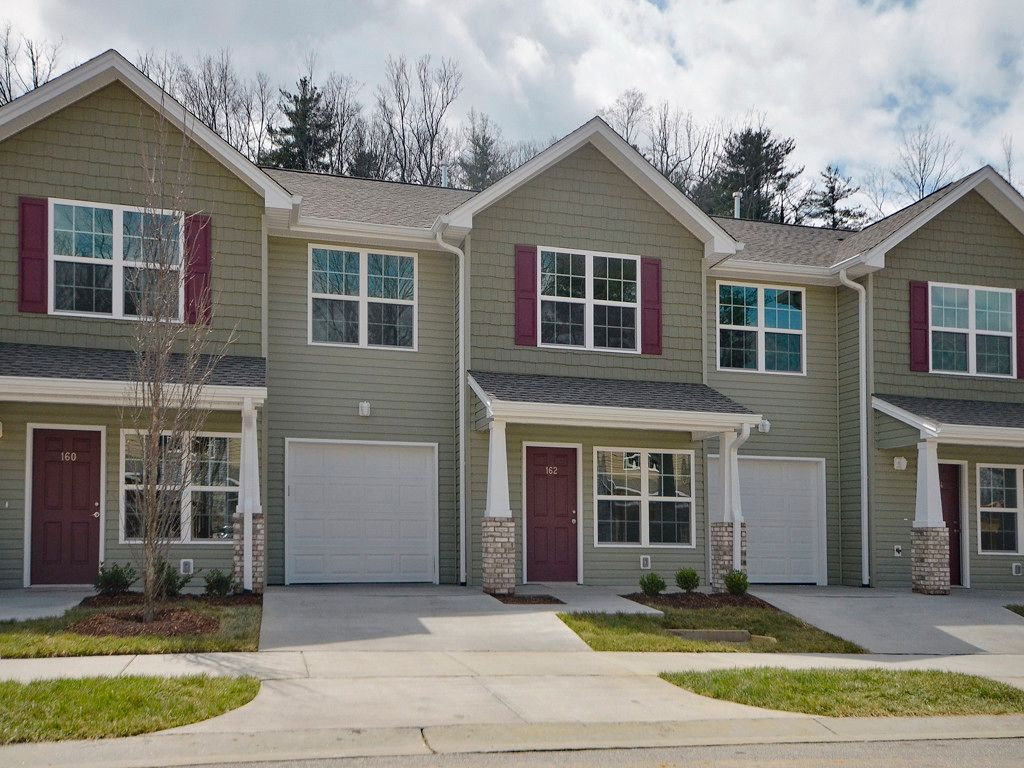 190 Alpine Ridge Drive #65 Bldg. GR in Asheville, North Carolina 28803 - MLS# 3288566