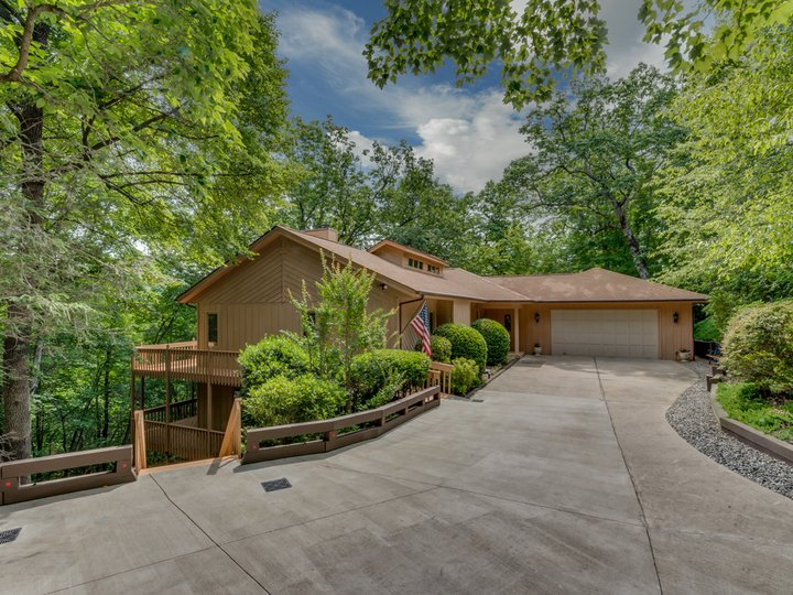Image 1 for 157 Bluebird Road in Lake Lure, North Carolina 28746 - MLS# 3294557