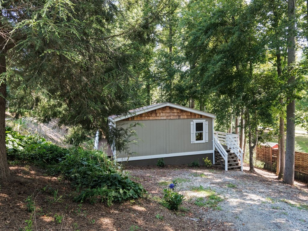 18 Spivey Place in Asheville, North Carolina 28806 - MLS# 3304332