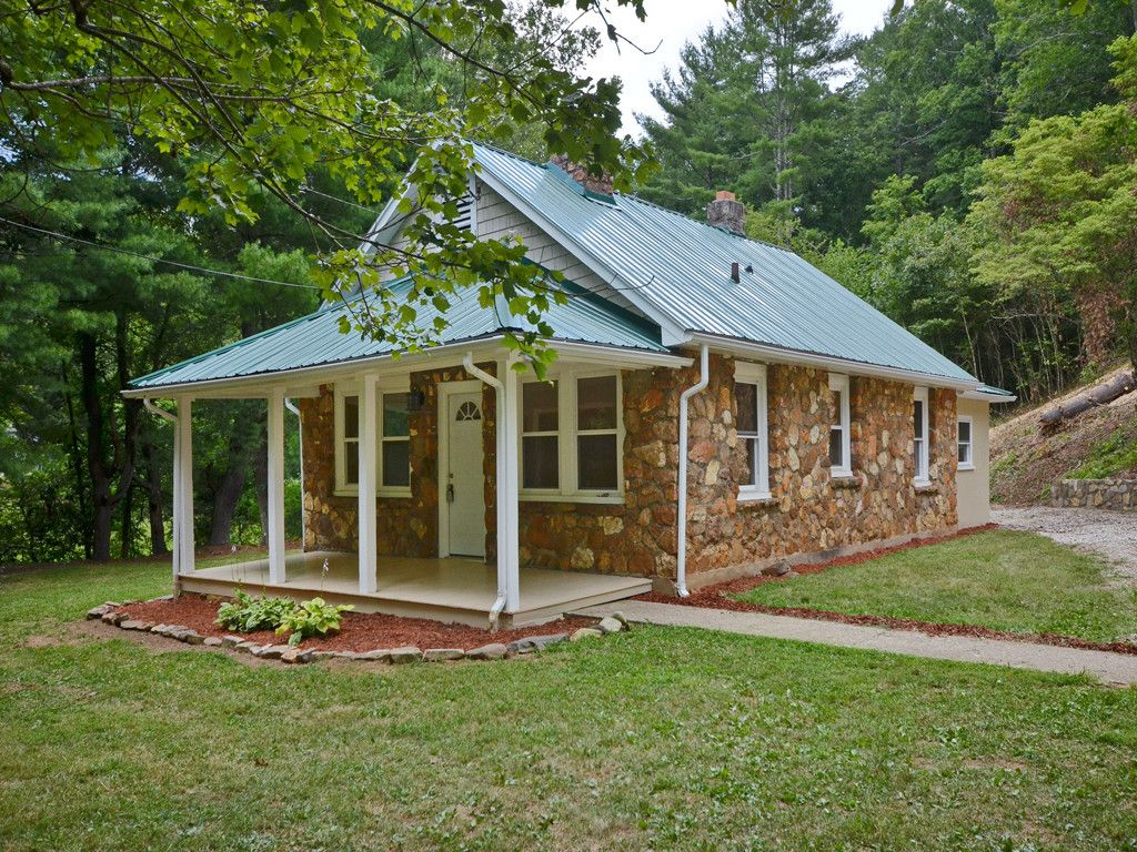 38 Dry Ferry Road in Asheville, North Carolina 28806 - MLS# 3305468