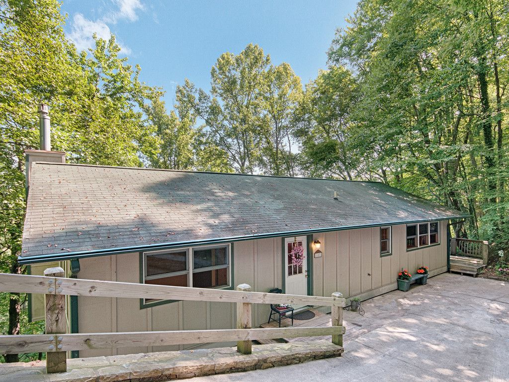 187 Torda Trace in Waynesville, North Carolina 28786 - MLS# 3306864