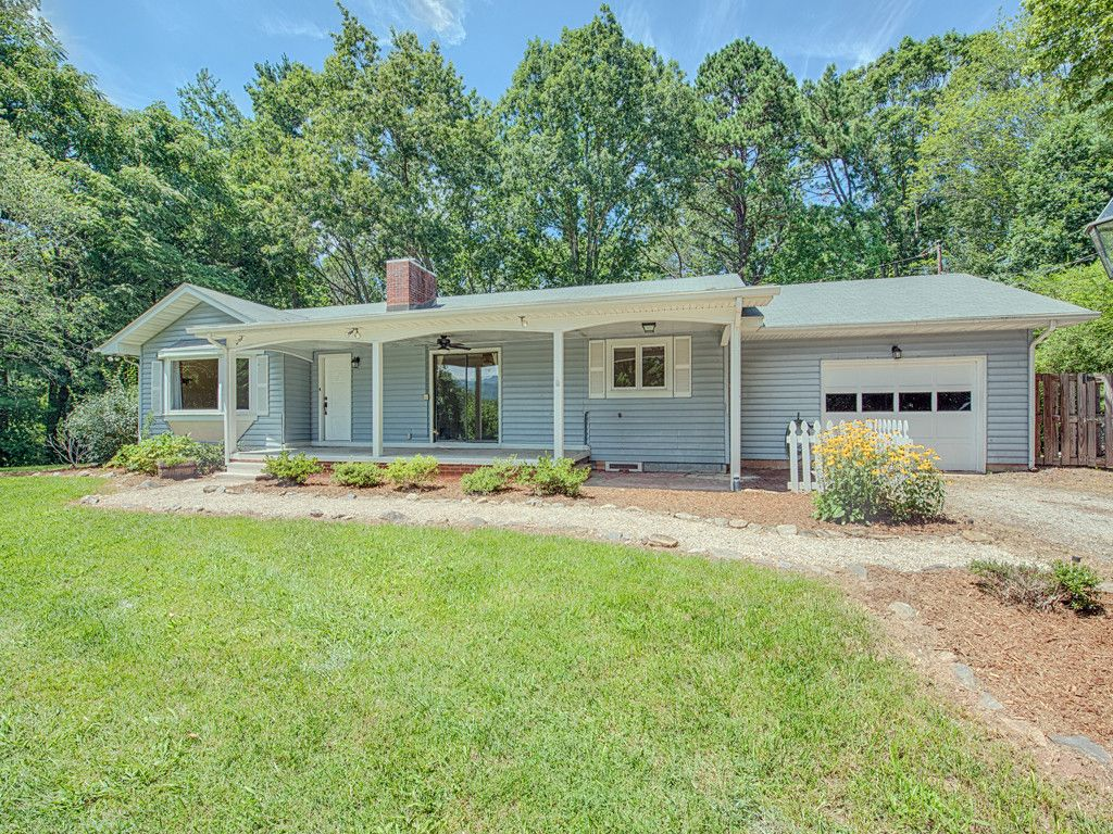 123 Fairlane Drive in Waynesville, North Carolina 28786 - MLS# 3307002