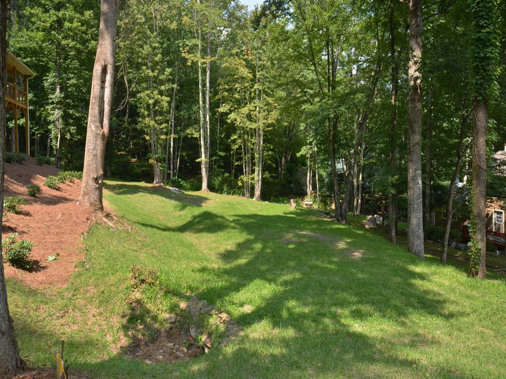 132 Loafer Lane in Waynesville, North Carolina 28785 - MLS# 3310250
