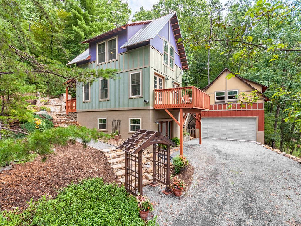 54 Crystal June Lane in Asheville, North Carolina 28803 - MLS# 3311811