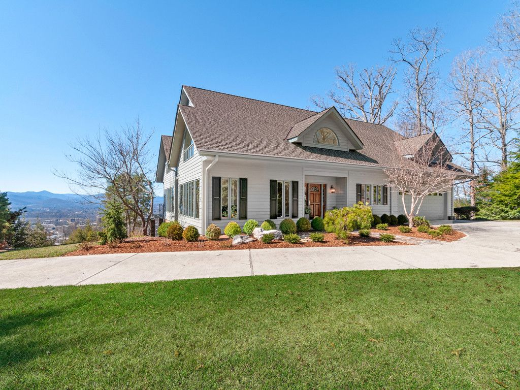 14 Sunset View Road in Asheville, North Carolina 28804 - MLS# 3313997