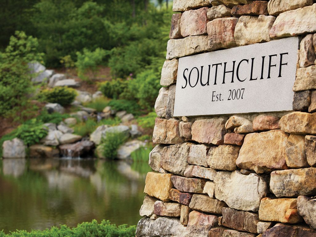 542 Southcliff Parkway #715 in Fairview, North Carolina 28730 - MLS# 3319648