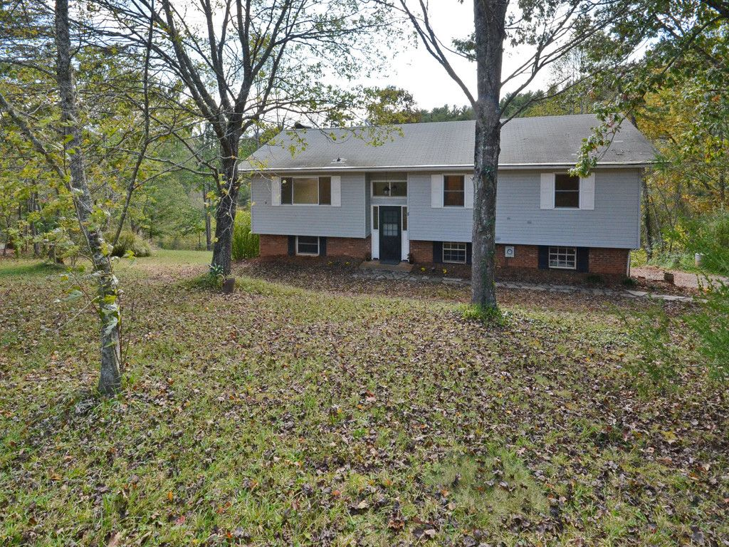 9 Trails End in Leicester, North Carolina 28748 - MLS# 3329762