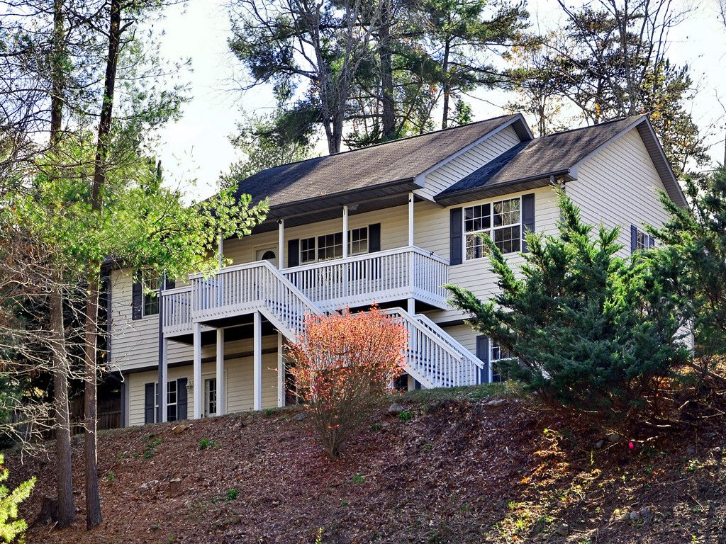 81 Red Maple Drive in Weaverville, North Carolina 28787 - MLS# 3330870
