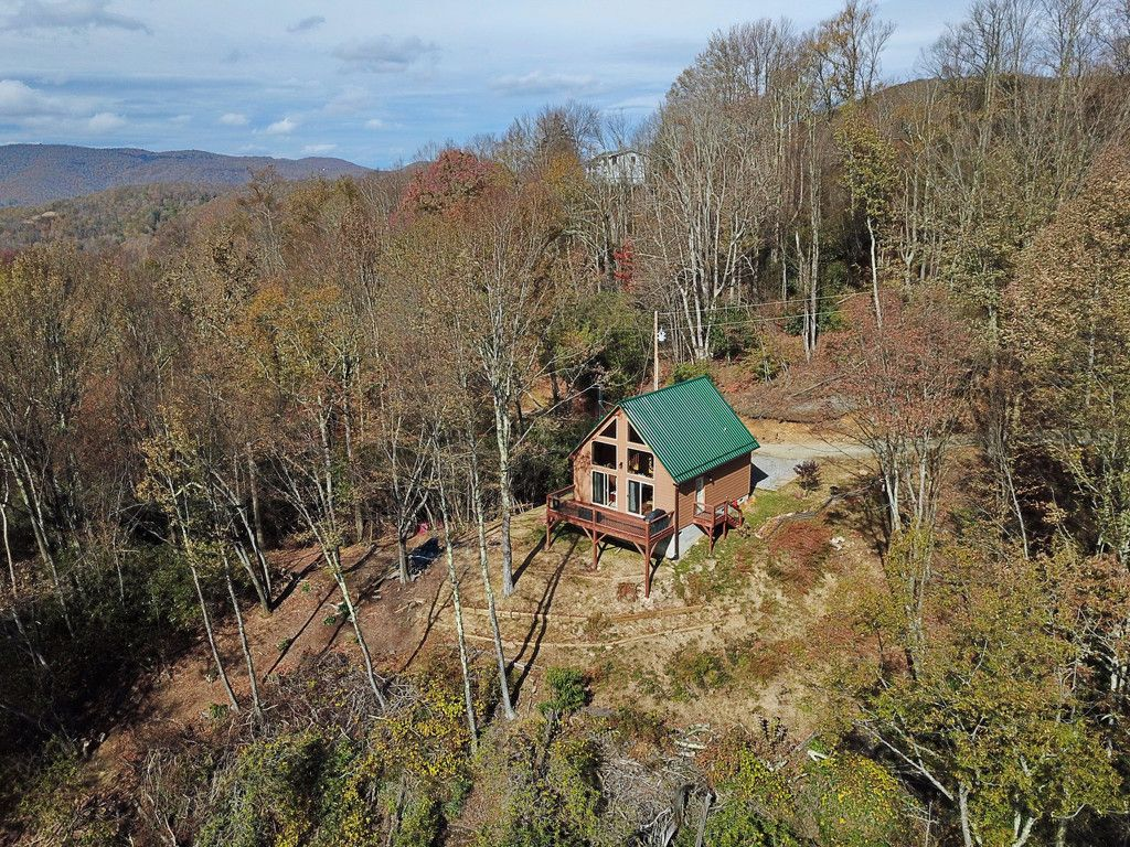 137 Green Mountain Road in Maggie Valley, North Carolina 28751 - MLS# 3335594