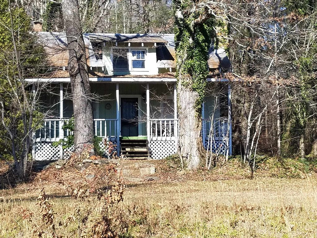 1710 Brannon Road in Mills River, North Carolina 28759 - MLS# 3349927