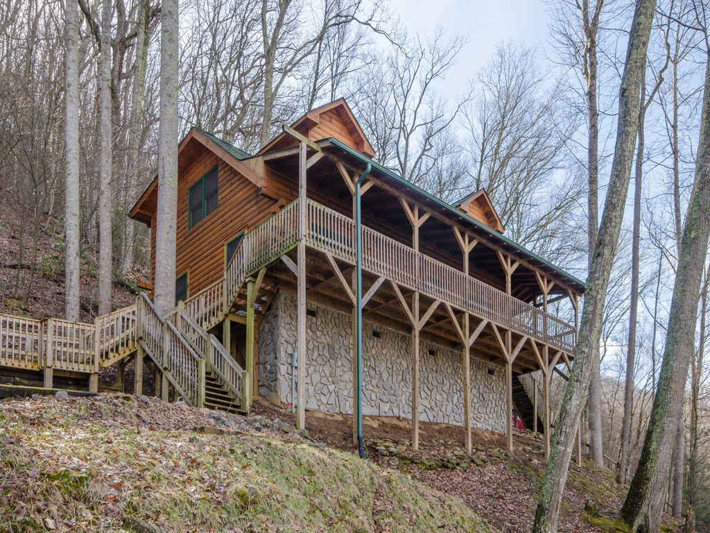 468 Forest Drive in Maggie Valley, North Carolina 28751 - MLS# 3358817