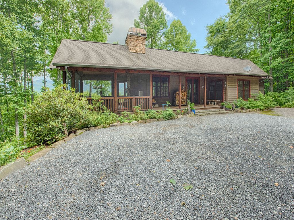 9 Brow Log Way in Sylva, North Carolina 28779 - MLS# 3364318