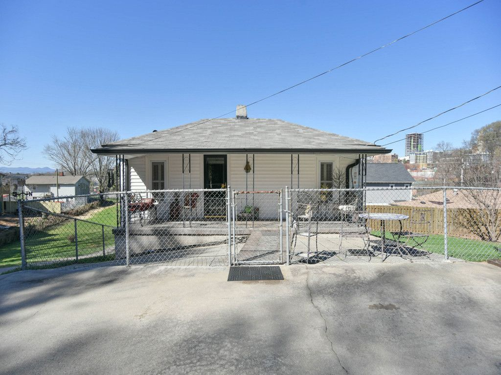 10 Martin Luther King Jr Drive in Asheville, North Carolina 28801 - MLS# 3371320