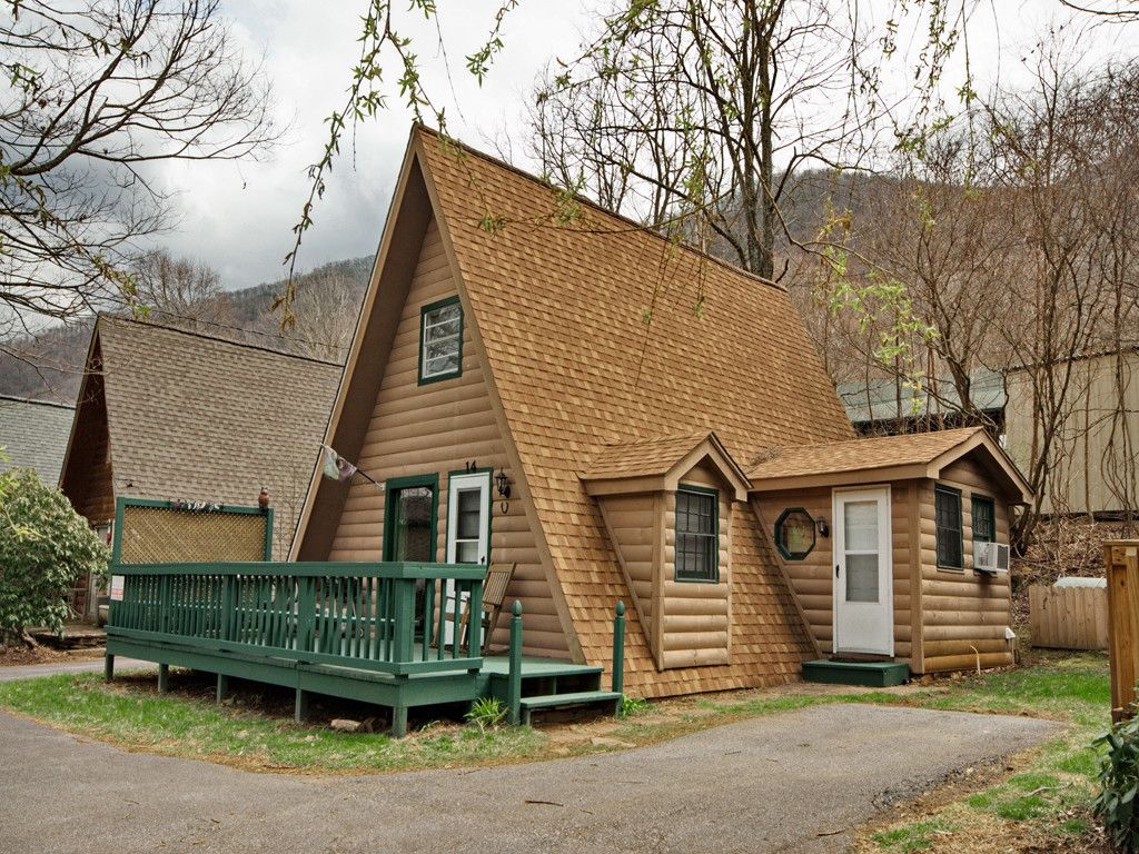 14 Chateau Lane in Maggie Valley, North Carolina 28751 - MLS# 3372323
