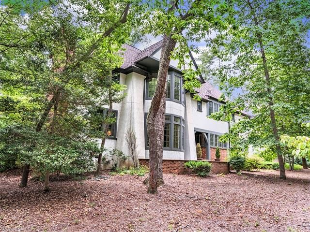 18 Chauncey Circle in Asheville, North Carolina 28803 - MLS# 3191313