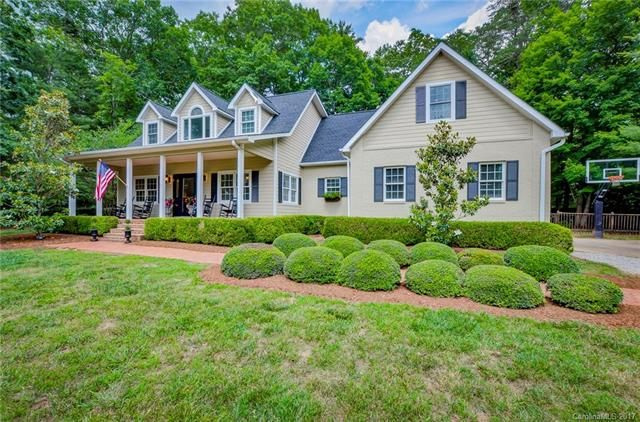 1 Bent Oak Lane in Asheville, North Carolina 28803 - MLS# 3287242