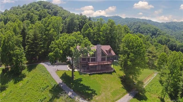 40 Hawks Nest Trail in Marshall, North Carolina 28753 - MLS# 3309875