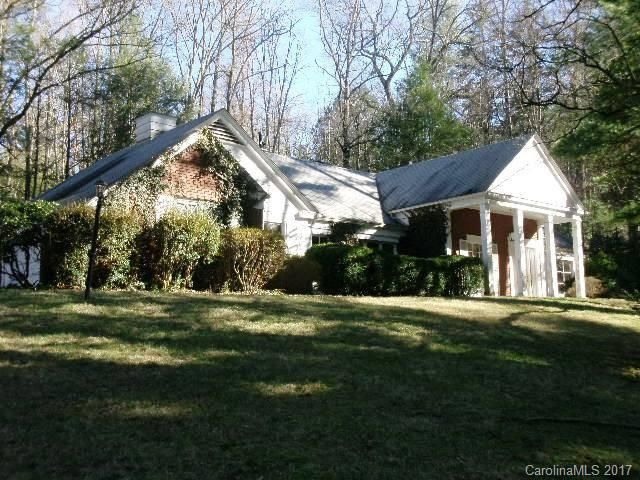 32 Cedarcliff Road in Biltmore Forest, North Carolina 28803 - MLS# 3313142