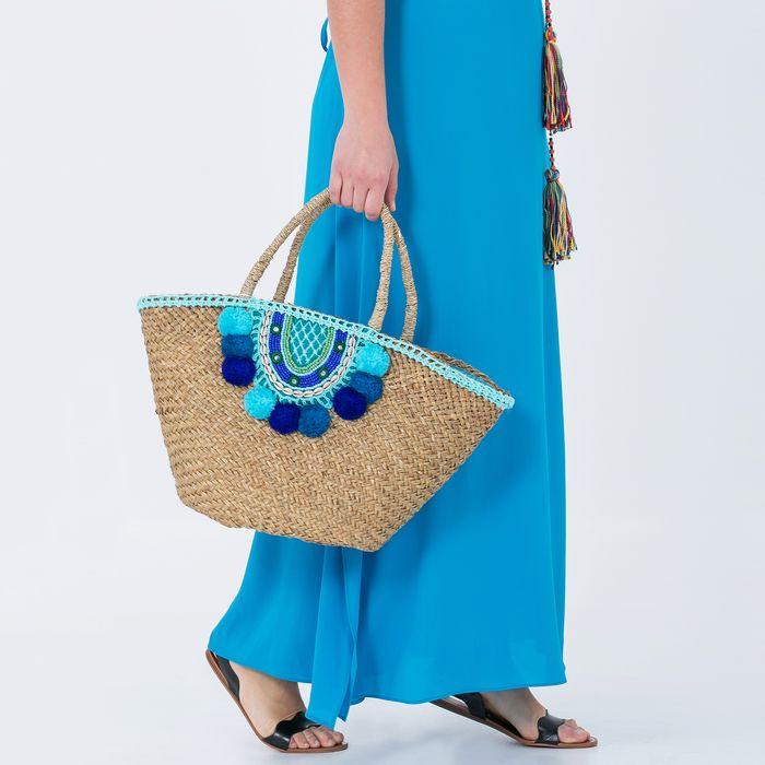 Τσάντα από raffia με κοχύλια & πομ πον