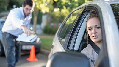 Не сакате да полагате!? Еве како да си добиете возачка дозвола!