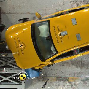 Peugeot 208 oстана без една ѕвездичка