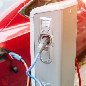 За десет години секој трет нов автомобил ќе биде електричен