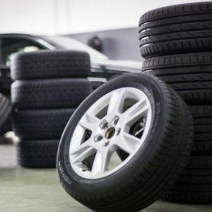Како да се забави трошењето на гумите?