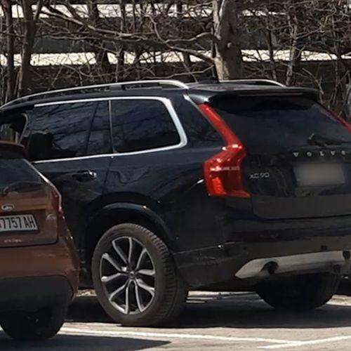 Рашковски вози лускузен џип кој не фигурира во неговиот анкетен лист