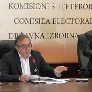 На избирачките места со метеж ќе се гласа и по 19 часот, најави Даштевски