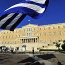 Грција утре гласа на европските и локалните избори кои добија карактер на парламентарни избори