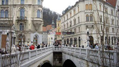 Словенија: Работниците од трети земји мора да научат основи на словенечкиот јазик