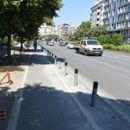 Град Скопје нема да ги отстрани столпчињата на тротоарите на Партизанска за што граѓаните најавија протест
