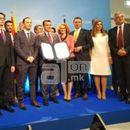 Заев: Со пенкало победивме режим, со пенкало добивме и кандидатски статус