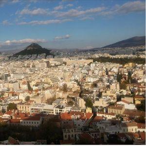 Половина од Грците задоволни од работата на владата во првите три месеци од мандатот