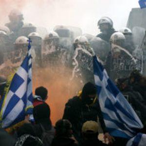 Заврши протестот во Атина – најмалку 40 повредени и седуммина уапсени