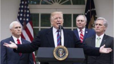 Трамп: Луѓе кои ја напуштиле или биле избркани од ФБИ  отвориле истрага за мене дека го отпуштив лажгото Коми