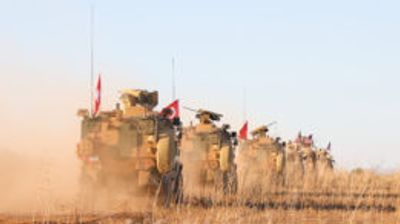 Турската војска испрати тенкови на границата со Сирија