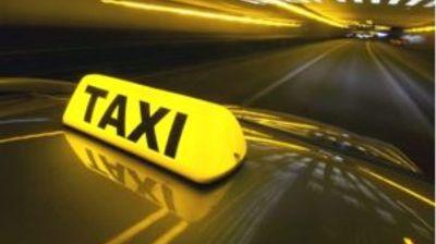 """""""Див"""" таксист за возење од пет минути наплатил 1.000 евра"""