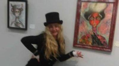 Во Велес отворена изложба на академскиот сликар Гордана Винчиќ