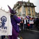 Протести во Швајцарија против половата нееднаквост на работните места Женева