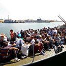 УНХЦР бара европските пристаништа итно да ги примат бродовите со мигранти