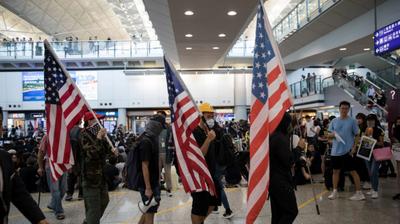 САД загрижени поради движењето на кинески сили кон Хонгконг