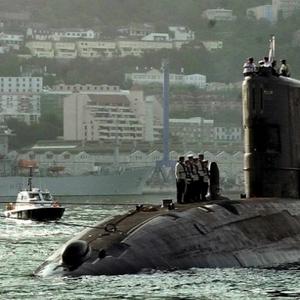 Ракета лансирана од руска подморница погоди мета оддалечена 350 километри