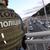 Уапсен човекот кој се закануваше дека ќе го разнесе мостот во Киев